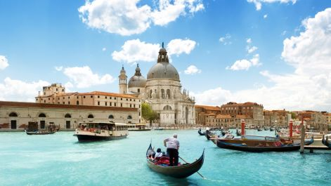 de-the-grand-canal-the-sea-gondola-boats-people-architecture-sky-clouds.jpg